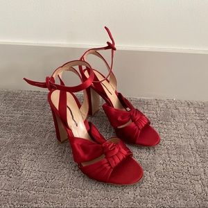 296. Gianvito rossi satin red knot sandals